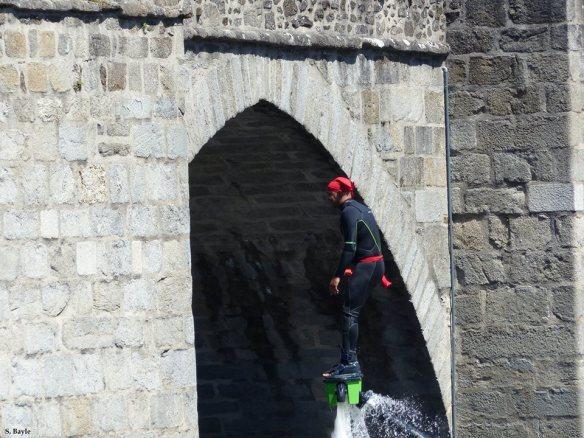 Limoges fete des ponts flyboard pont saint etienne